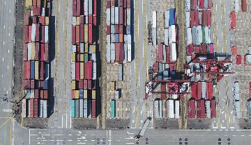 Guangdongs foreign trade rebounds 10.9 percent in July