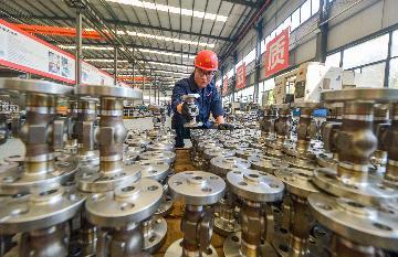 8月財新中國製造業PMI升至53.1 為2011年2月以來新高