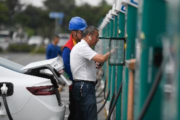 Chinas Zhejiang to build over 300,000 smart charging piles by 2025