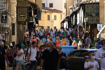 Italys tourism sector estimated to shrink by 100 bln euros in 2020