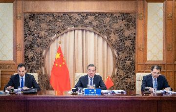 中國-東盟合作逆勢走出新高度