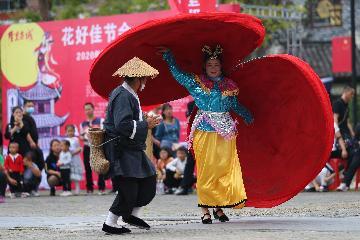 """贵州:民俗游""""升温""""推动旅游消费上涨"""