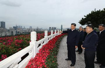 Xi stresses advancing reform, opening up with greater resolve