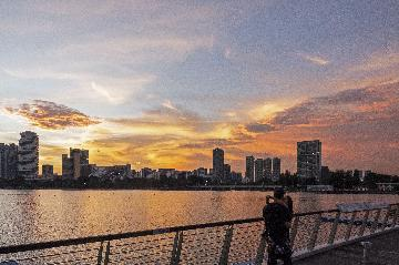 Singapore narrows forecast of 2020 GDP contraction
