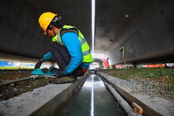 杭紹台鐵路單洞四線超大斷面隧道建成