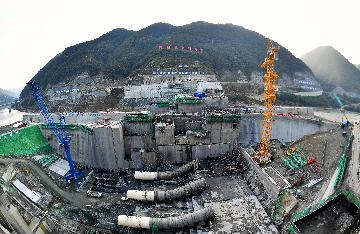 """从""""一五""""156项到""""十三五""""165项 重大工程铸造中国经济顶梁柱"""