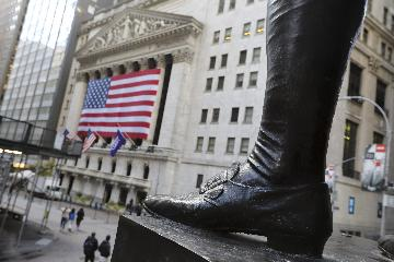 綜述:新一輪財政刺激預期推動美股上漲
