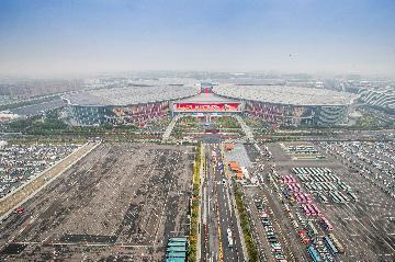 香港企业积极参与进博会 参会企业数量增20%