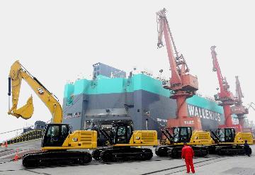 """持续向好 中国外贸有望实现全年""""促稳提质""""目标"""