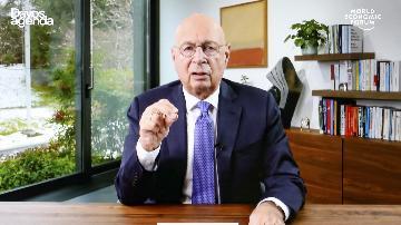 施瓦布呼籲全球重建信任加強合作