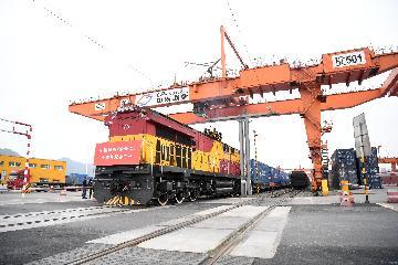 中欧班列(西安)2021年运输车数已突破3万车