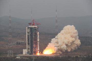一箭9星!中国成功发射齐鲁一号等9颗商业卫星