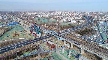 Chinas commerce minister pledges better service for foreign enterprises