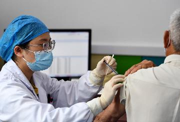 China Focus: Over 700 mln COVID-19 vaccine doses administered across China