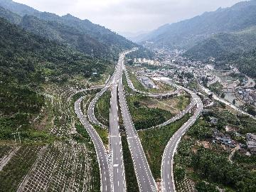 China adds 165 new PPP projects from January-May